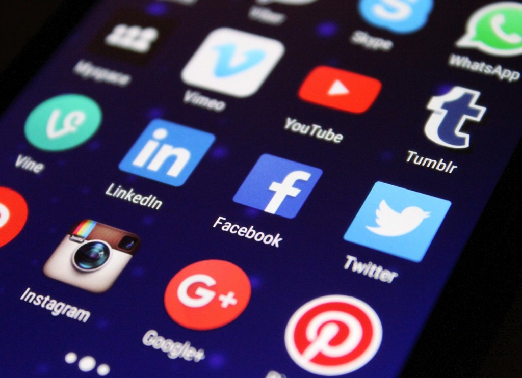 Social networks as a promotional tool